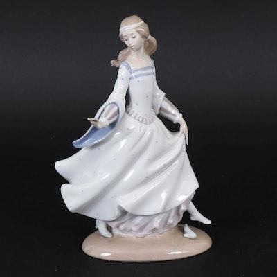 """Lladró """"Cinderella"""" Porcelain Figurine Designed by Antonio Ruiz"""