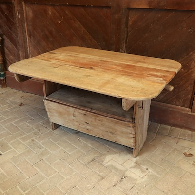 American Primitive Planked Wood Settle Table, 19th Century