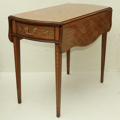 Heritage Furniture Hepplewhite Style  Hand Painted Drop Leaf Accent Table