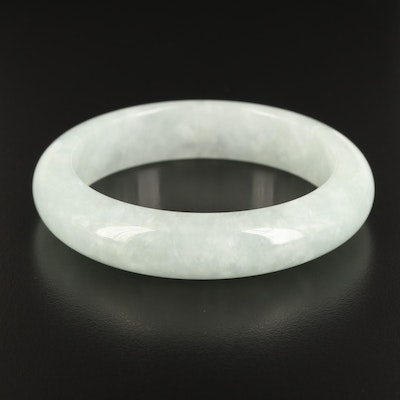Asian Inspired Jadeite Hololith Bangle