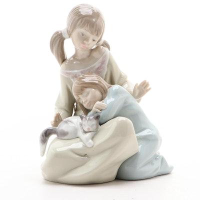 """Lladró """"Little Sister"""" Porcelain Figurine Designed by Francisco Catalá"""