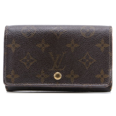 Louis Vuitton Porte-Monnaie Tresor Wallet in Monogram Canvas and Leather