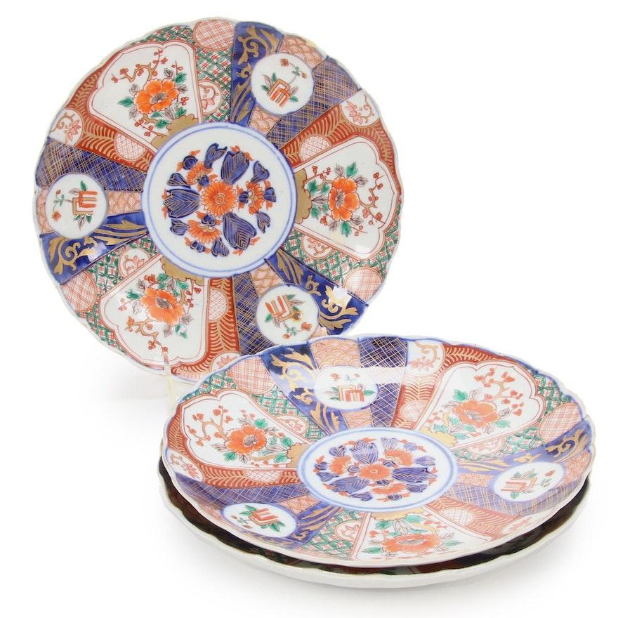 Japanese Imari Hand-Painted Scalloped Edge Porcelain Plates, Antique