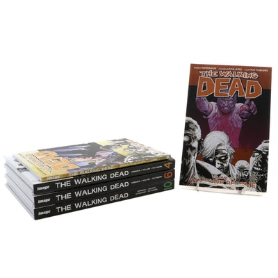 """""""The Walking Dead"""" Graphic Novels"""