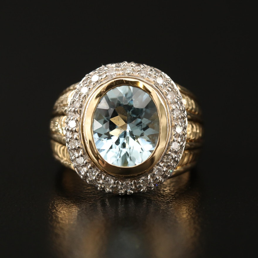 18K 3.70 CT Aquamarine and Diamond Ring