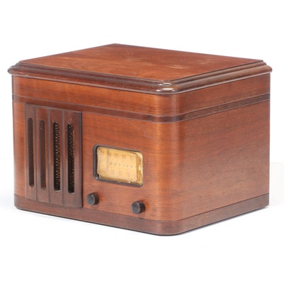 TrueTone 1170-B Electric Radio Phonograph, Early 20th Century