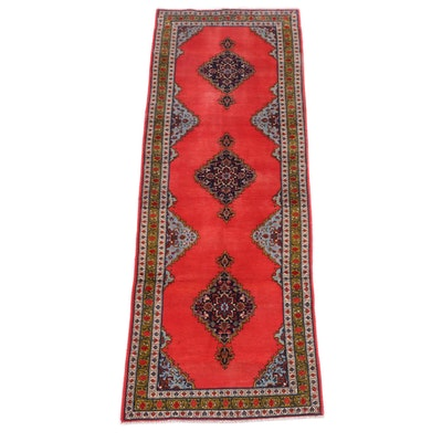 2'8 x 8'3 Hand-Knotted Persian Kolyai Wool Carpet Runner