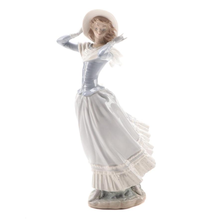 """Lladró """"Spring Breeze"""" Porcelain Figurine Designed by Vicente Martínez"""