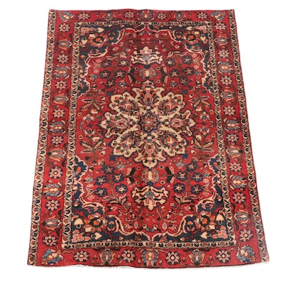 4'4 x 6'6 Hand-Knotted Persian Isfahan Wool Rug