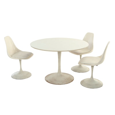 Manner of Eero Saarinen, Four-Piece Modernist Tulip Dining Set, circa 1970