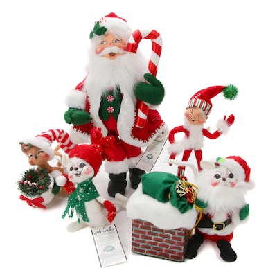 Annalee Peppermint Santa and Other Felt Christmas Mobilitee Dolls