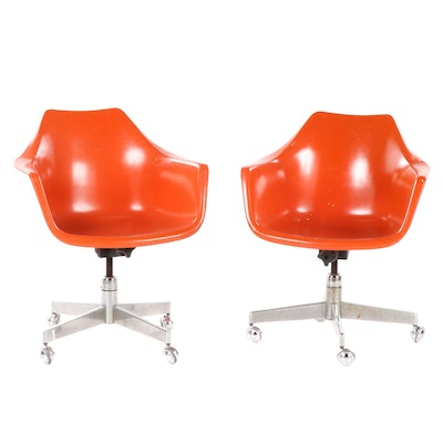 Pair of Mid Century Modern Eames Style Fiberglass Shell Chairs