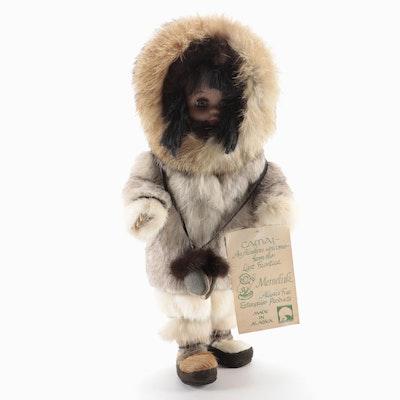 """Memeluk Camai Alaskan """"Eskimo Girl"""" Doll"""