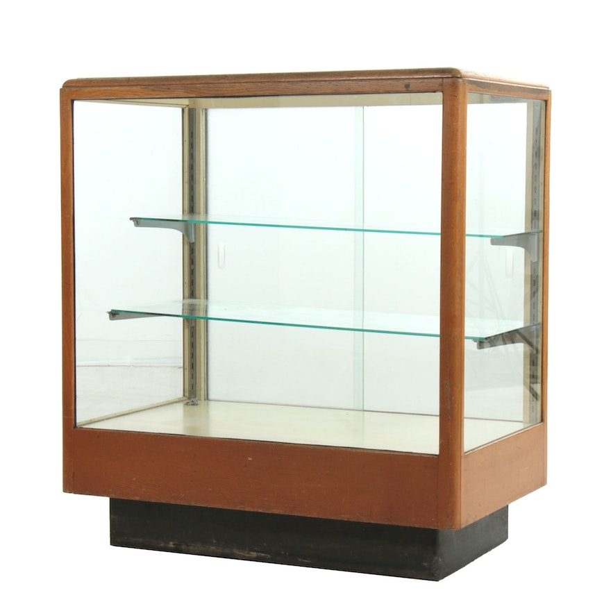 Columbus Show Case Co. Store Display Case with Adjustable Shelves, Mid-20th C.