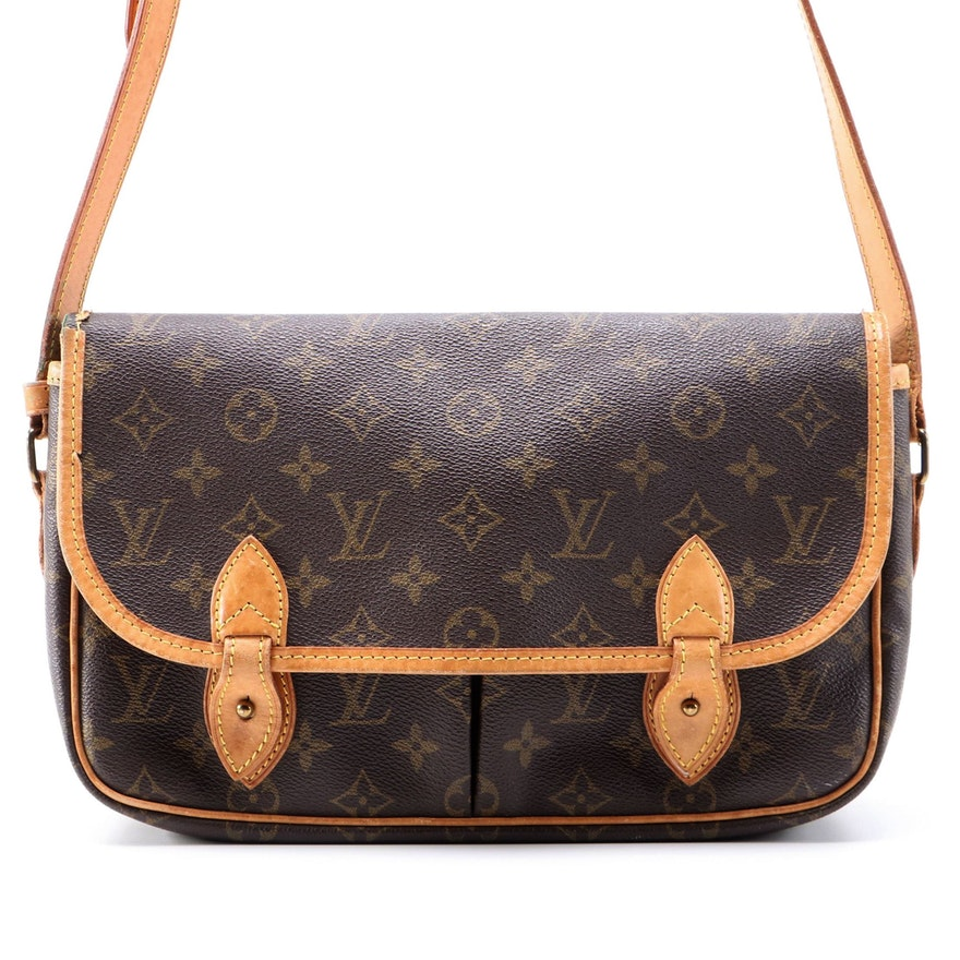 Louis Vuitton Gibeciere MM in Monogram Canvas and Vachetta Leather