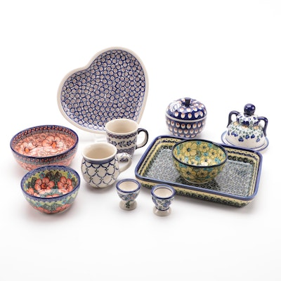Boleslawiec Hand-Painted Ceramic Tableware, Contemporary