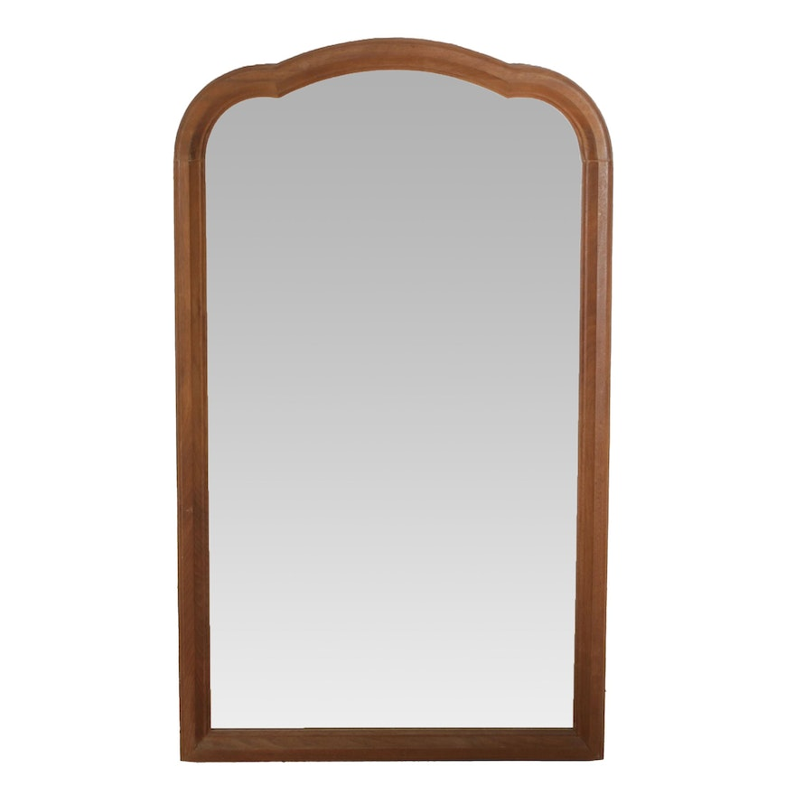 Queen Anne Style Walnut Arched Wall Mirror, Early to Mid 20th Century