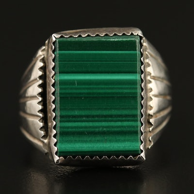 Vintage Southwestern Style Sterling Silver Malachite Ring