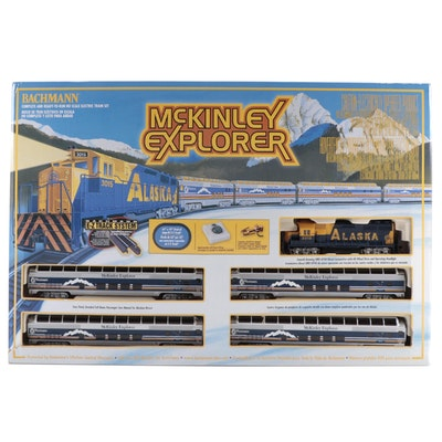 "Bachmann ""McKinley Explorer"" HO Scale EZ Track System Model Train in Box"
