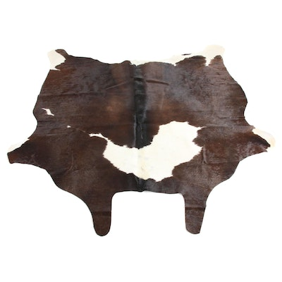 5'5 x 5'11 Natural Spotted Cow Hide Area Rug