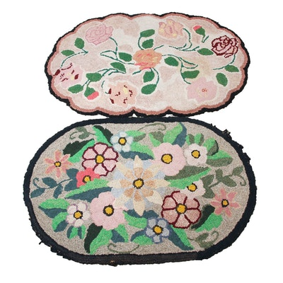 1'11 x 2'11 Hand-Hooked Floral Motif Accent Rugs