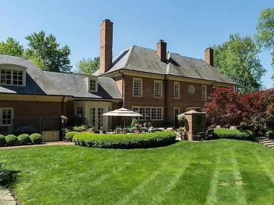 C. Krueger: Elegant Décor & Fine Home Furnishings