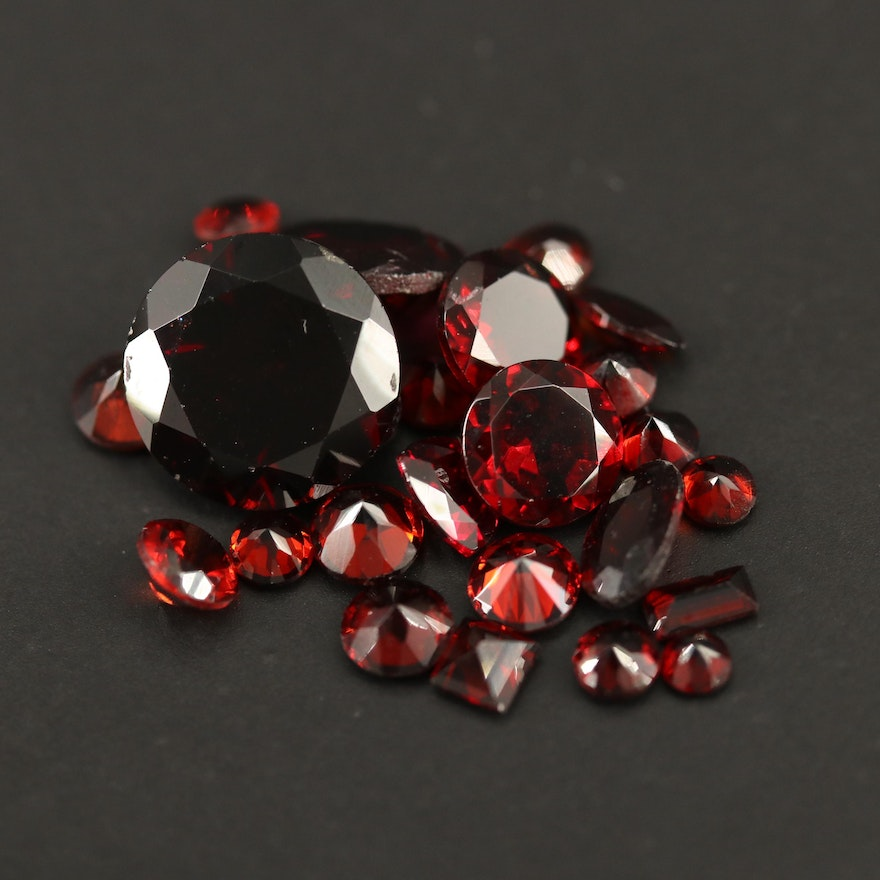Loose 12.46 CTW Faceted Garnets