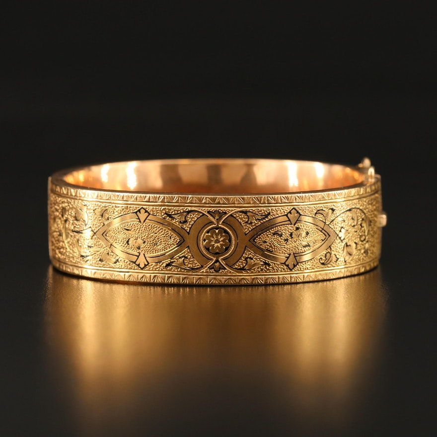 Victorian Taille d'Epargne Hinged Bangle