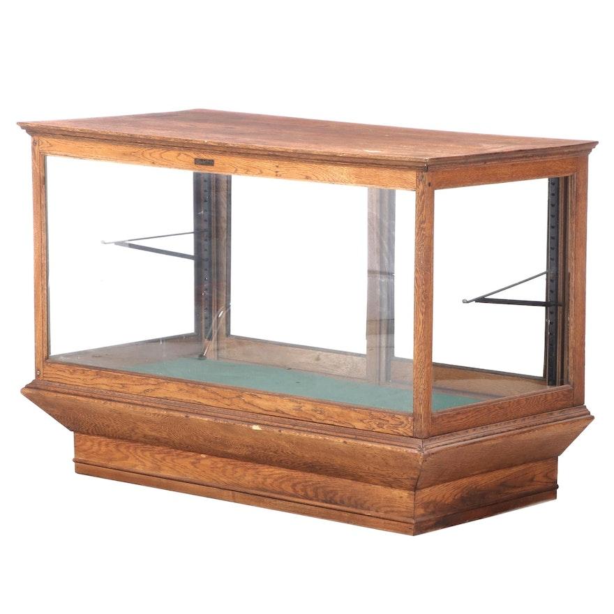 Sun Mfg. Co. Oak Display Counter Case, Early 20th Century