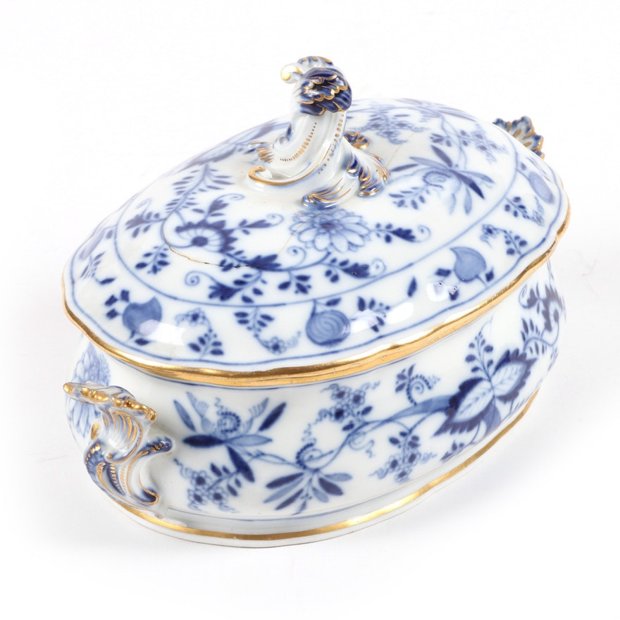 Meissen Blue Onion Porcelain Lidded Serving Dish, Late 19th-Early 20th Century