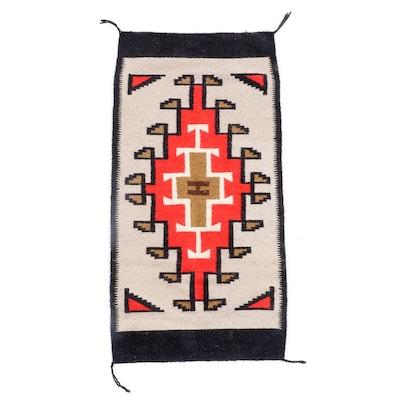 "2'6 x 5'0 Handwoven ""Ganado"" Native American Style Wool Rug"