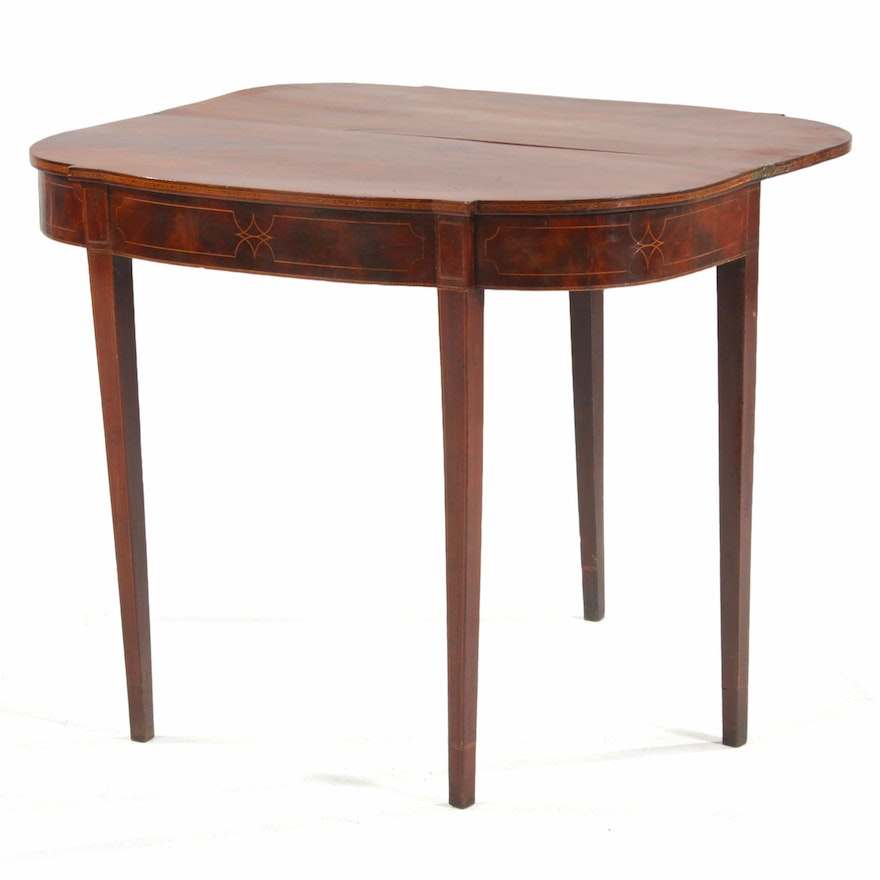 Federal String-Inlaid Mahogany Games Table, Early 19th Century