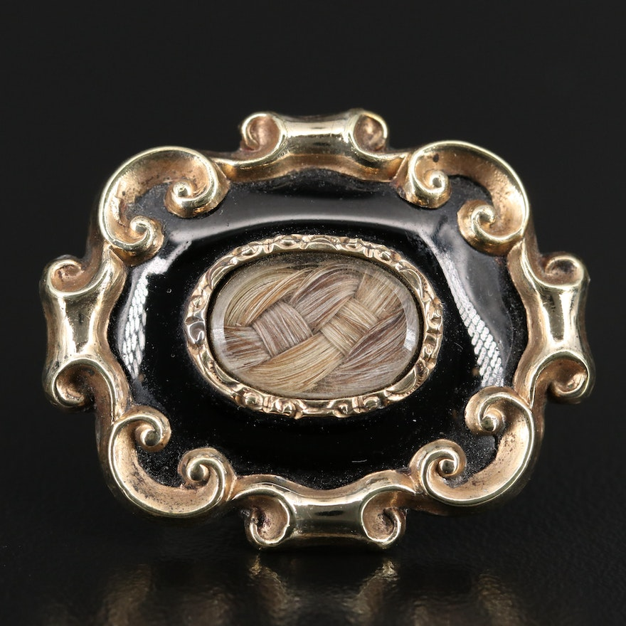 Early Victorian Mourning Brooch with Hair Chamber