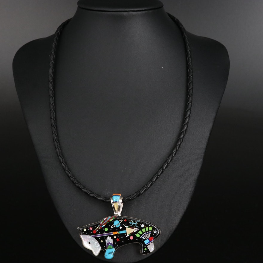 Stello Smiley Navajo Diné Spirit Bear Pendant Necklace