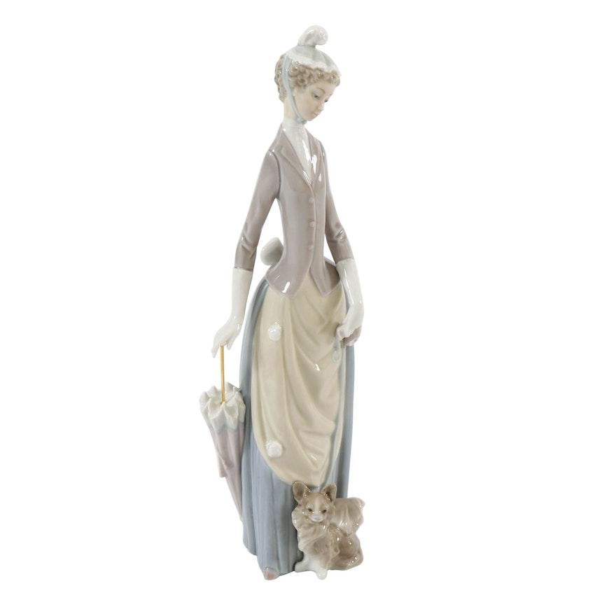 "Lladró ""Lady of the Boulevard"" Porcelain Figurine, 1971–1974"