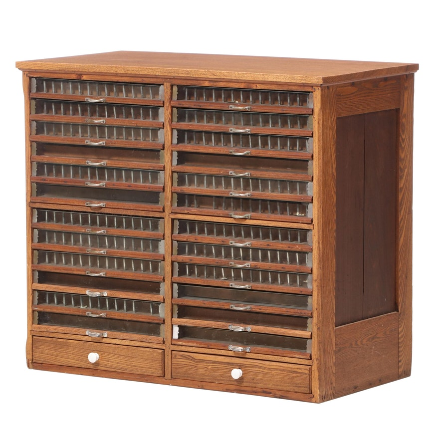 Brainerd and Armstrong Company Oak Spool Cabinet, Late 19th/ Early 20th Century