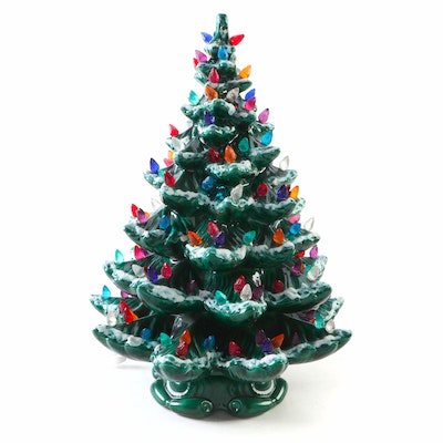 Atlantic Mold Illuminated Ceramic Musical Christmas Tree, Late 20th Century