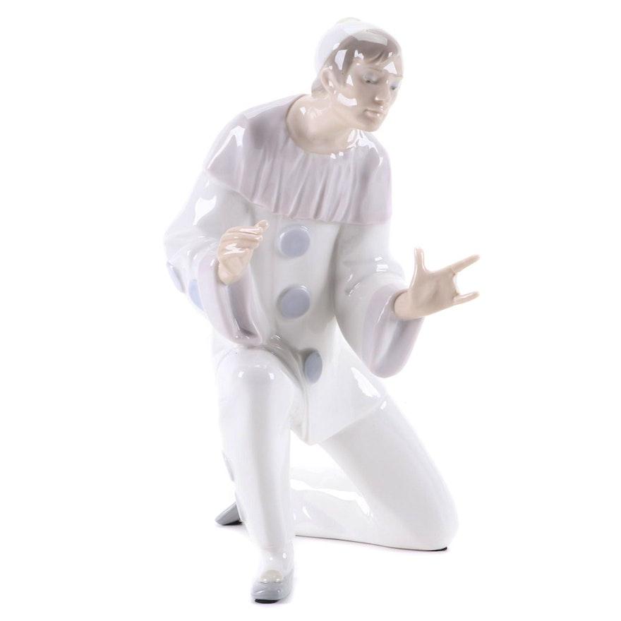 "Lladró ""Charmingness"" Porcelain Figurine Designed by Fulgencio García, 1971–1974"