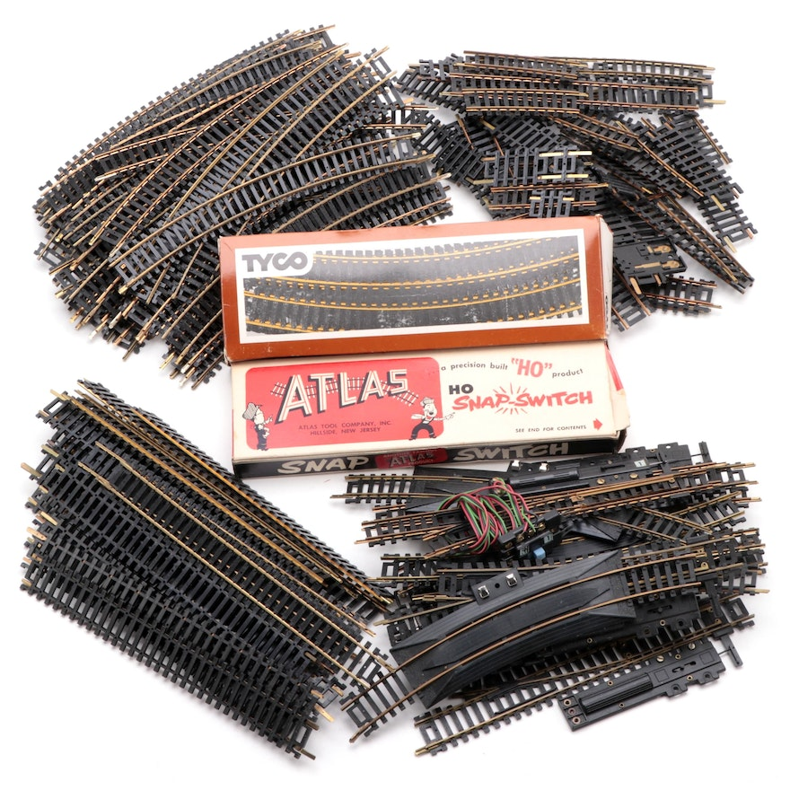 Tyco, HO Scale, Tracks Including Straight, Curved, and Switch