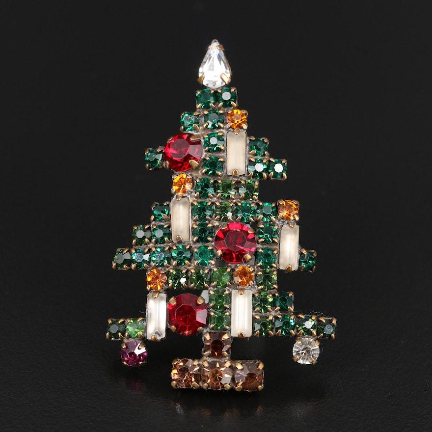 Vintage Weiss Rhinestone Christmas Tree Brooch