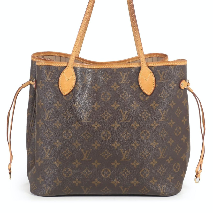 Louis Vuitton Neverfull MM Tote in Monogram Canvas and Vachetta Leather