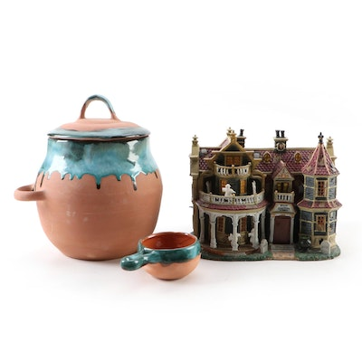 """Lemax """"Spooky Town"""" Black Cauldron Inn and """"Western Mold"""" Jar with Scoop"""