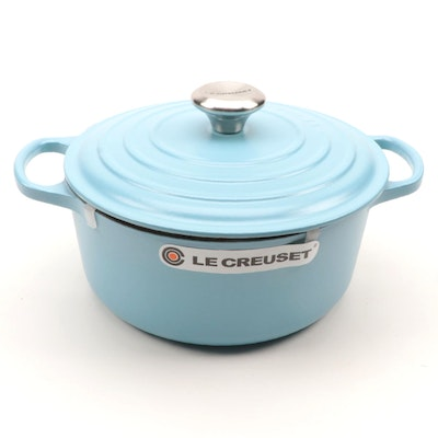 Le Creuset Enameled Cast Iron Dutch Oven in Sugar Blue