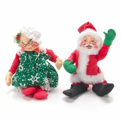 Annalee Mobilitee Santa and Mrs. Claus Dolls, 1988