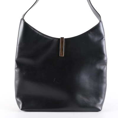 Gucci Shoulder Bag in Smooth Black Leather