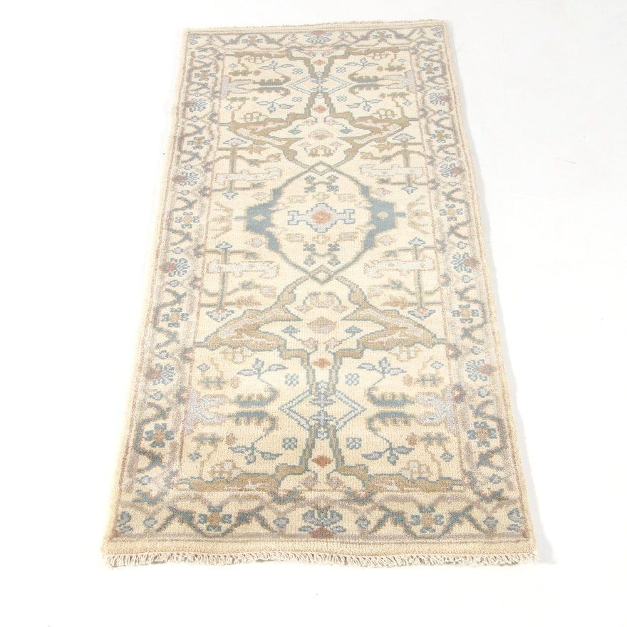 2'7 x 6'1 Hand-Knotted Indo-Turkish Oushak Rug