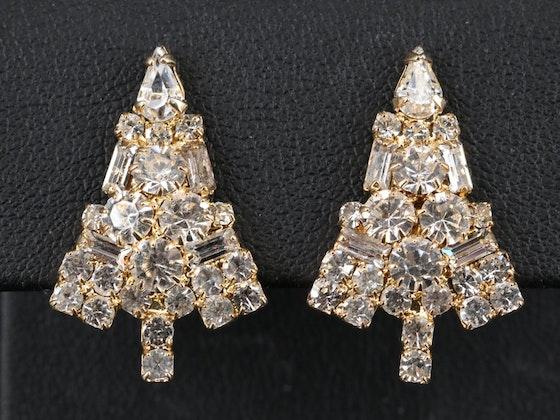 Art, Seasonal Décor, Fashion & Jewelry