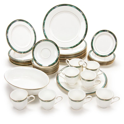 "Lenox Debut Collection ""Kelly"" Bone China Dinnerware and Serving Pieces"