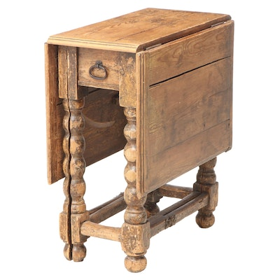 Pine Split Bobbin Gate-Leg Table, 18th Century
