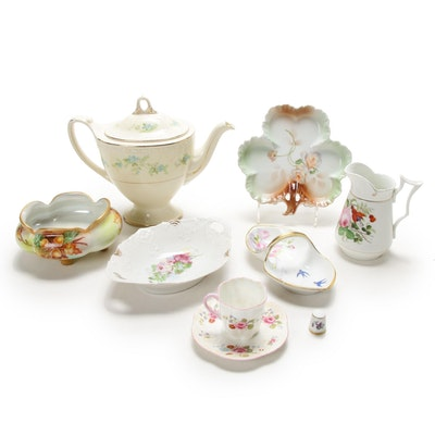 """Homer Laughlin """"Georgian"""" Teapot and Other Porcelain Table Accessories"""